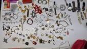 Trovato un container pieno di armi e merce rubata, due denunce e un arresto nel Ragusano