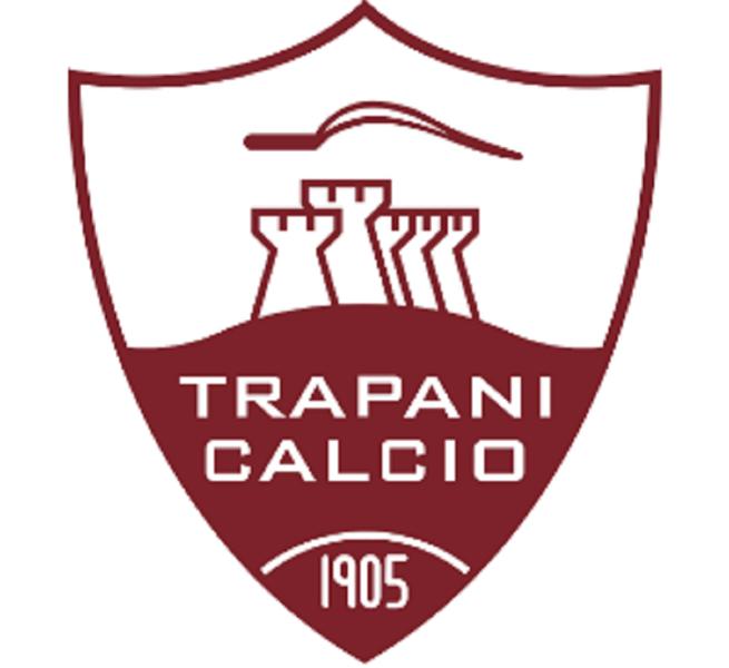 La società Trapani Calcio rompe i rapporti con il direttore sportivo e l'allenatore: si pensa ai rimpiazzi