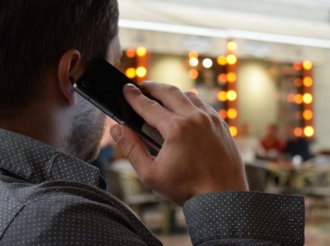 man-talking-on-the-phone-