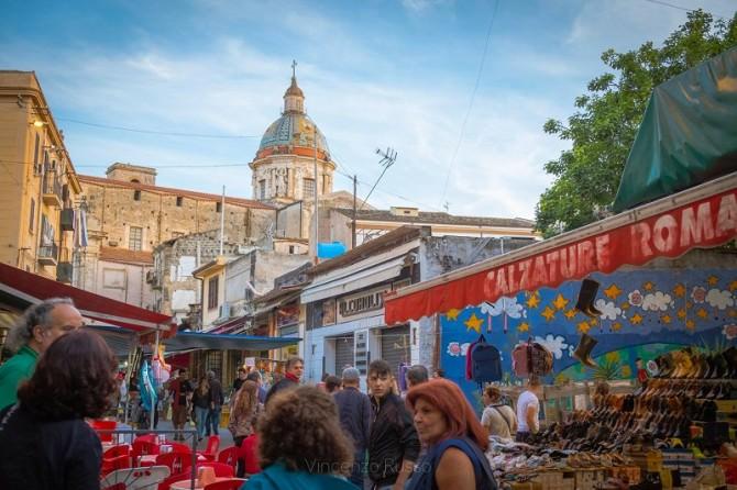 Palermo, al mercato di Ballarò tour e degustazioni