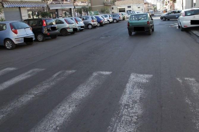 Lunghe code, mancato rispetto precedenze e liti tra automobilisti: siamo tra viale Rapisardi e via XXXI Maggio. LE FOTO