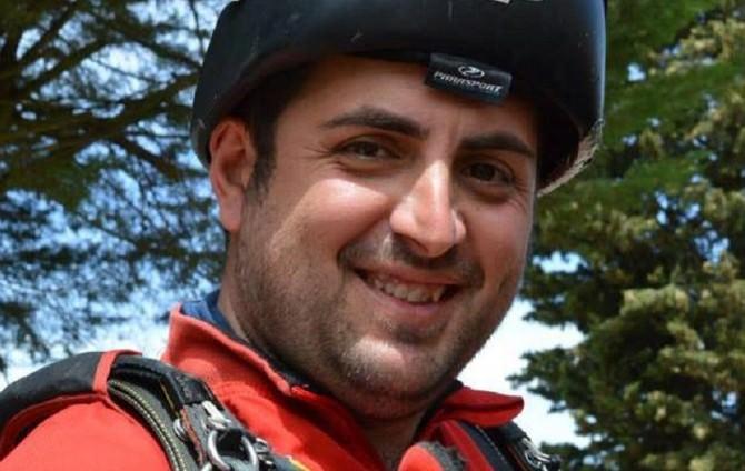 Paracadutista si schianta nel Catanese: morto