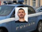 """Si dà alla fuga scatenando un inseguimento per le vie del quartiere """"San Berillo Nuovo"""": arrestato 36enne pregiudicato"""