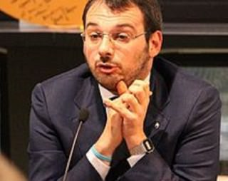 """Furto in casa del giornalista Borrometi, il sindaco di Vittoria: """"Saremo accanto alle voci libere che si impegnano per denunciare la criminalità"""""""
