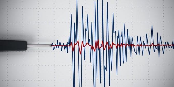 Notte di paura nel catanese: la terra ha tremato due volte