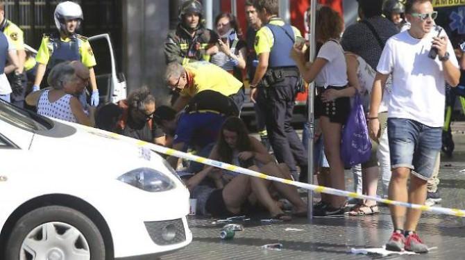 Attentato a Barcellona, sale a due il numero d'italiani morti