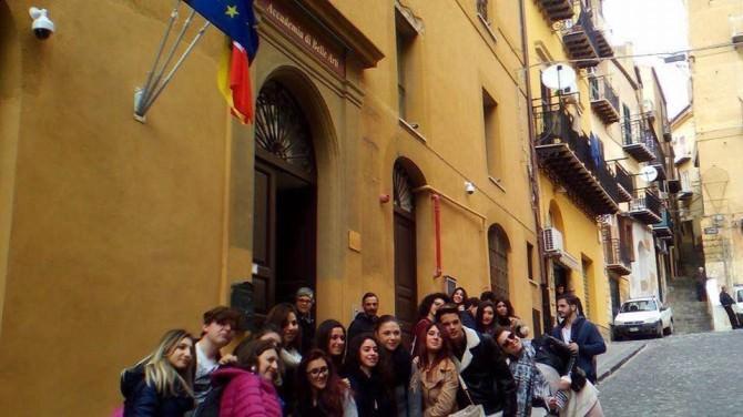 l'Accademia Michelangelo di Agrigento apre le porte alla città