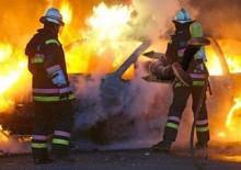 auto in fiamme modica