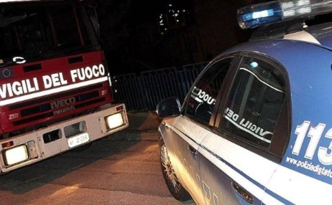 Palermo, fiamme in un palazzo in Centro. Paura per due persone