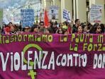 A Catania le donne scendono in piazza per dire no alla violenza