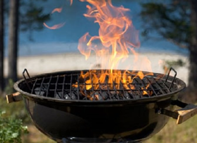 A-barbecue-carbon